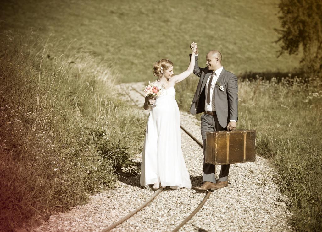 Romantické focení, nevěsta, ženich, venkovní obřad, panství Velichov
